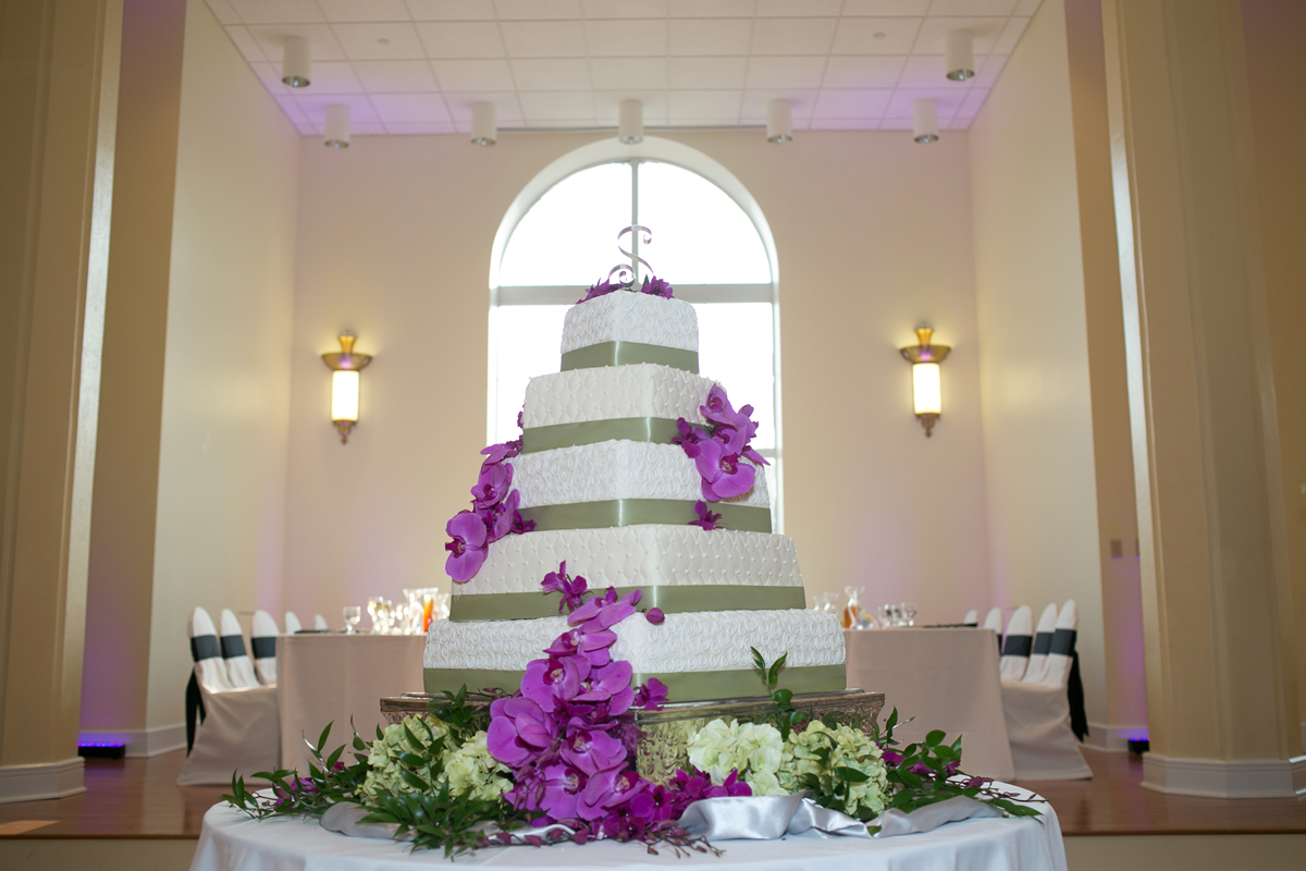One-of-a-kind Wedding Cakes