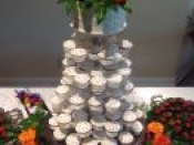 cupcakes and cake topper pearl decor